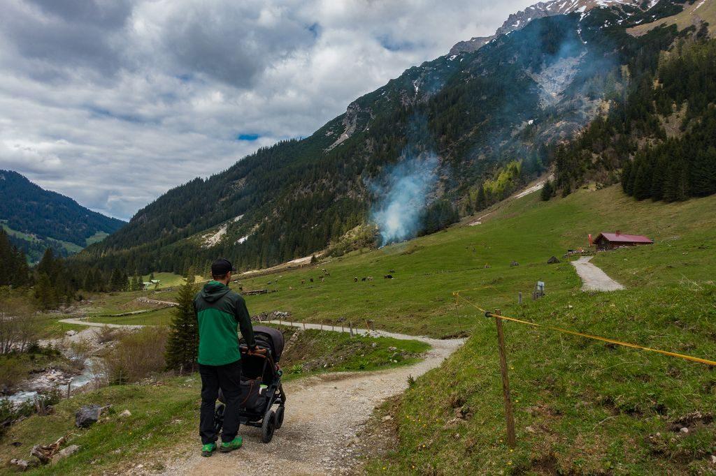 Kinderwagen- Wanderung im Kleinwalsertal